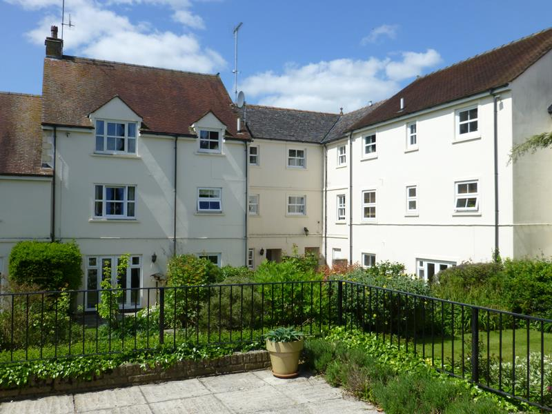Eastfield Court, Church Street Faringdon