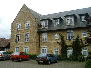 Pegasus Court & Manor, Freemans Gardens Olney