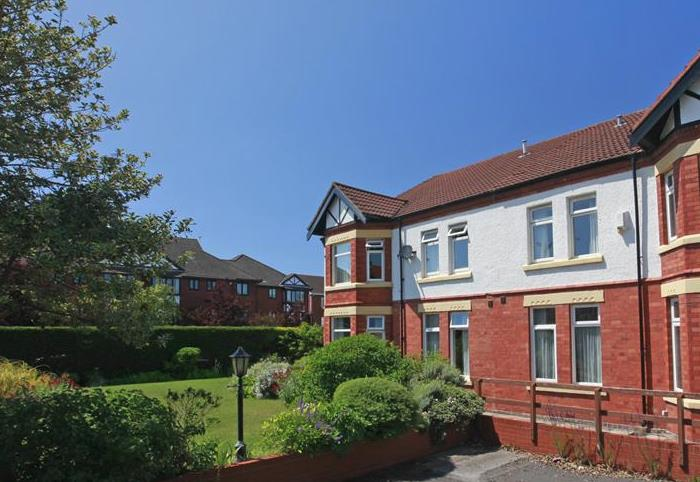 Abbeyfield House Wirral, 2 Hoyle Road Hoylake