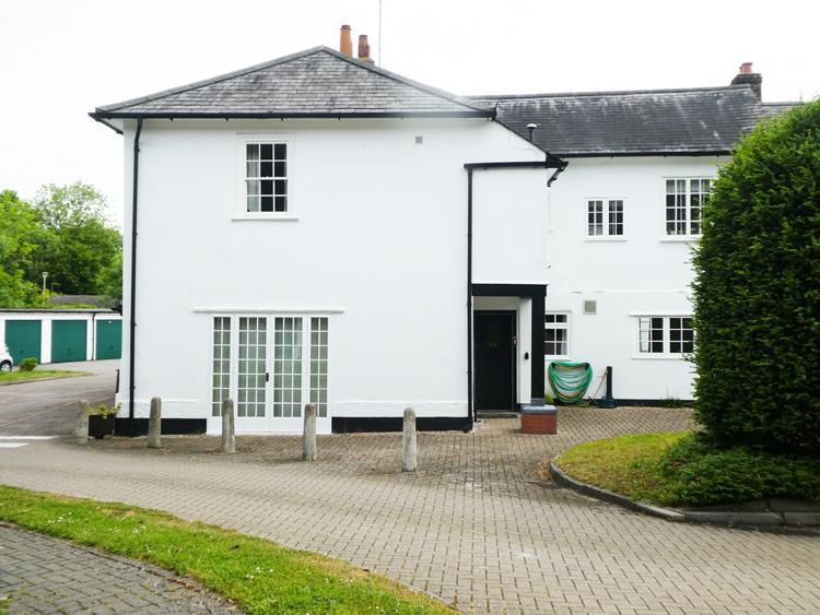 Barnside Court, Barn Close, Handside Lane Welwyn Garden City